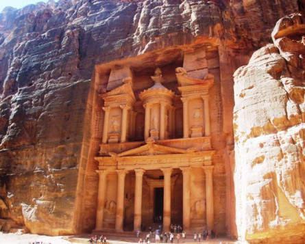 Das Schatzhaus in Petra – Jordaniens meistbesuchte Sehenswürdigkeit