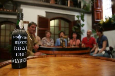 Weinverkostung mit Madeirawein