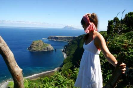 Blick über den Atlantik - von Flores nach Corvo