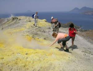 Aufgrund ihrer vulkanischen Aktivität zählen die Inseln seit 2000 zum UNESCO-Weltnaturerbe