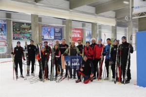 Unsere Skifreunde nutzten die perfekten Bedingungen in der Skihalle intensiv.