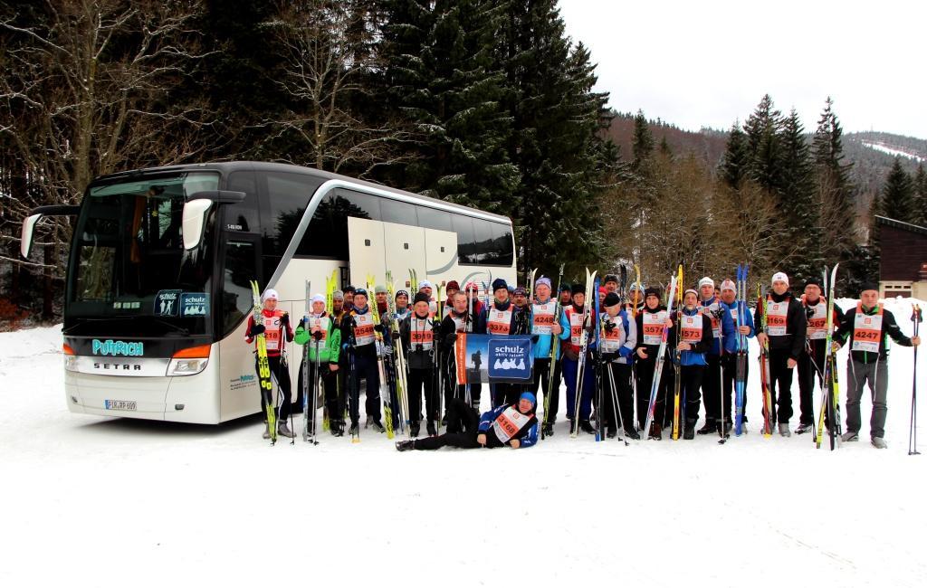 Motiviert trotz Schneemangel: das schulz-Sportteam im Isergebirge