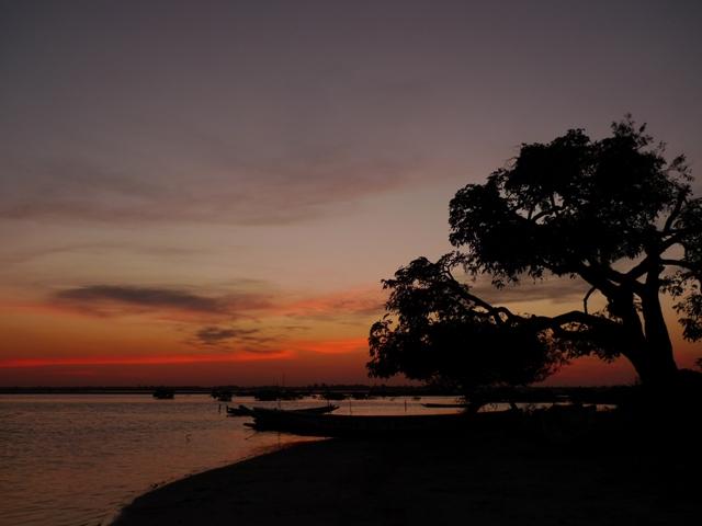 Sonnenuntergang am Sine Saloum-Delta