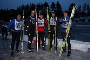 Einige Teilnehmer der 90 km langen Öppet Spår am Montag vor dem Hauptlauf