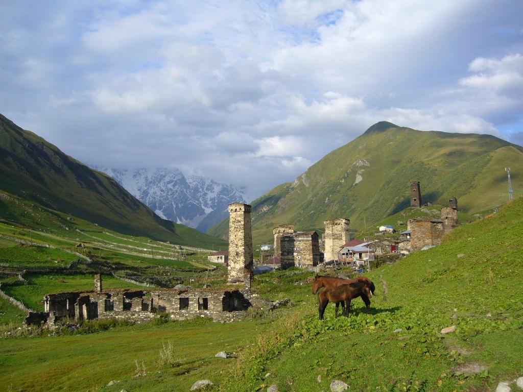 Das Dorf Ushguli - hier fühlt man sich in eine andere Zeit zurückversetzt