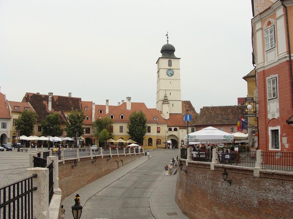 """Blick von der """"Lügenbrücke"""" auf den Ratturm"""