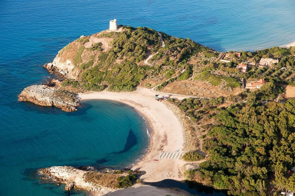 Traumhafte Ausblicke warten nicht nur in der Bucht von Chia