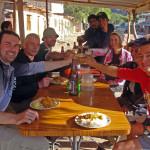 Salut - gemeinsames Mittag nach dem Toro Toro Trek