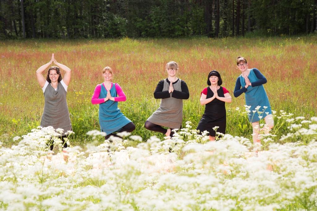 Ihre Gastgeberinnen v.l.  Henna, Sirke, Anni, Ritva und Minna