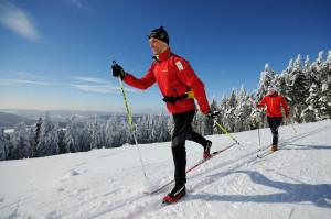 Auf 43 km führt der Lauf durch eine idyllische Winterwelt.