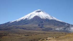 Der höchste aktive Vulkan der Welt liegt in Ecuador: Cotopaxi (5897 m)