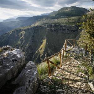 Wandern in der kontrastreichen Landschaft des Cilento Nationalparks