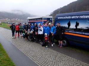 Start der Marathonis in Königstein zum 1. OEM-Adventslauftreff