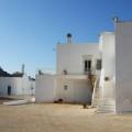 Die weiß getünchten Gebäude der Masseria