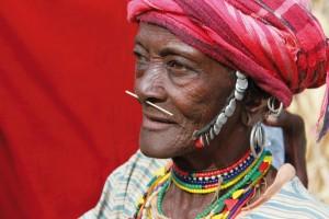 Die Bedik-Frauen tragen noch heute ihren traditionellen Schmuck.