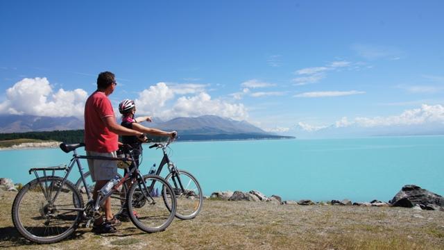 Am Lake Tekapo mit Blick zum Mt. Cook