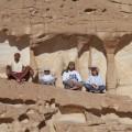 """Eine """"Sitzecke"""" bei einer Wüstenwanderung"""