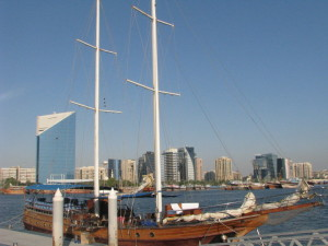 Arabische Dhow am Dubai Creek
