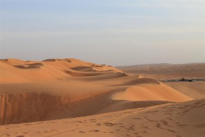 Unendliche Weite und Stille der Wüste