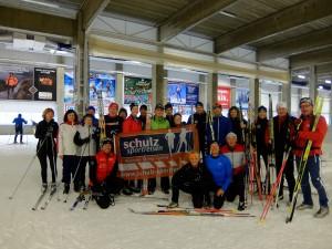 Bestens aufgelegt: unsere Gruppe aus Skifreunden (2014)