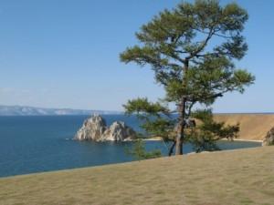Insel Olchon mit Schamanenfelsen
