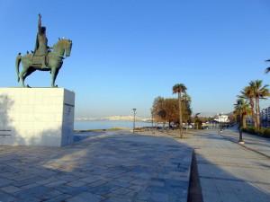 Athen – Uferpromenade an der Bucht von Piräus