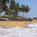 Ausklang unter wehenden Palmen am Indischen Ozean
