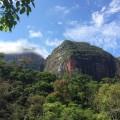 Wanderung durch die Nebelwälder und Sandsteinberge des Amboro Nationalparks