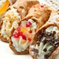 Sizilianische Cannoli sind eine der beliebtesten Spezialitäten unter den sizilianischen Gebäcken
