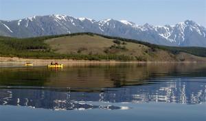 Abenteuer und Natur pur: Im Kajak den Baikal erleben