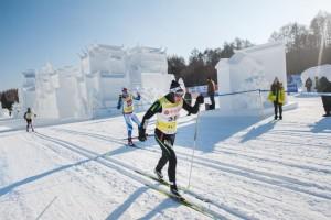 Schneesicherheit ist Ihnen garantiert! Die Wettbewerbe finden über 50 km oder 25 km statt.