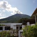 Vor dem Aufstieg - nachmittäglicher Blick vom Hotel auf den Stromboli.