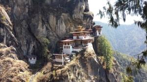 Das Taktshang (oder Tigernest-Kloster) ist ein Buddhistisches Kloster auf 3120 m Höhe