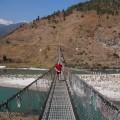 Auch Hängebrücken gehören zur Laufstrecke