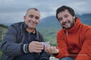 Reiseleiter Marin (re) und Fahrer Rimi (li)