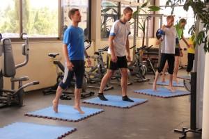 Lauftraining ist nicht nur Laufen. Kräftigung, Koordination, Dehnung, Entspannung und natürlich Spaß an der Bewegung sind wesentliche Elemente der Trainingsphilosophie von gotorun.