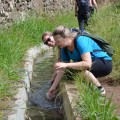 Erfrischung während einer Levada-Wanderung