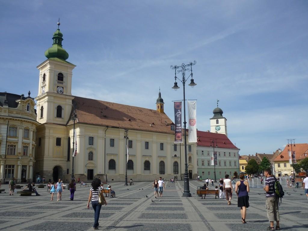 """""""Großer Ring"""" in Sibiu – eine tolle Kulisse für zahlreiche Kulturevents"""
