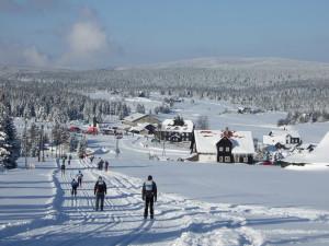 Der Jizerská padesátka führt durch eine traumhafte Winterlandschaft