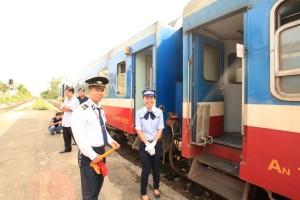 Bahnfahren in Vietnam - eines der größten Eisenbahn-Abenteuer der Welt