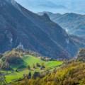 Wandern im Naturschutzgebiet Tresnjica