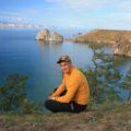 Reiseleiter Andrej erzählt die Geschichte vom Schamanenfelsen