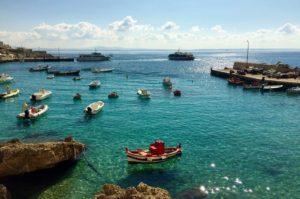 Der Hafen von Levanzo