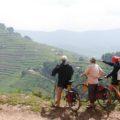 Mit dem Rad durchs Land der tausend Hügel