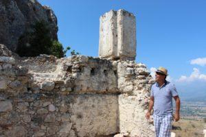 Entdeckertour mit Mehmet auf der Burg von Kanli Ali