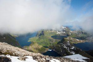Abstieg vom Hermanndalstind (1029 m)