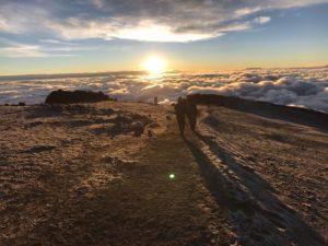 Sonnenaufgang auf dem Kilimanjaro - der pure Wahnsinn!