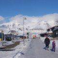 """Longyearbyens kleine Fußgänger-""""Meile"""""""