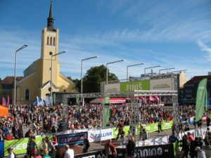 Start und Ziel des Tallinn-Marathons auf dem Freiheitsplatz