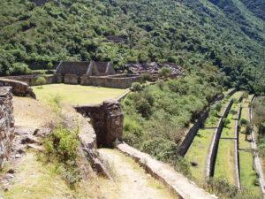 Terassen und Steinhäuser wie in Machu Picchu